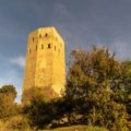 Torre del castell de Lluçars. Tolba, Ribagorça. Osca, Aragó. Montsec de l'Estall.