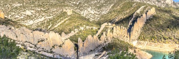 Les Roques de la Vila. Finestres.