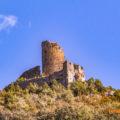 Castell de Falç i els restes de l'antiga església de Sant Just i Sant Pastor de Falç. Tolba, Ribagorça. Osca, Aragó. Montsec de l'Estall.