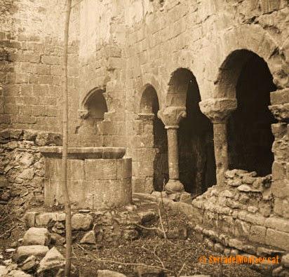 Estat d'abandonament en que es trobava Santa Maria de Gualter a l'any 1913. Se'n desconeix l'autor. La Baronia de Rialb, La Noguera. Lleida, Catalunya. Montsec de Rúbies.