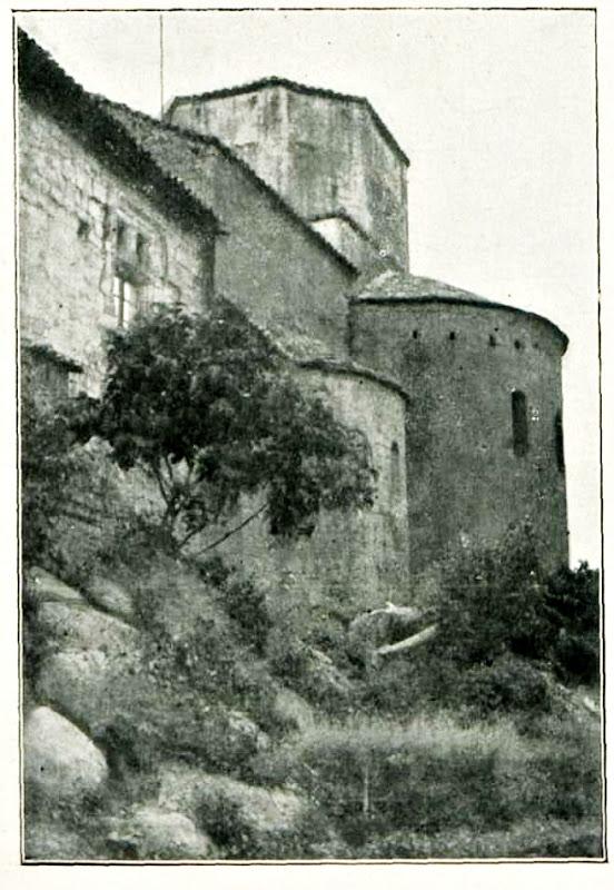 El Monestir de Gualter l'any 1931. Foto de Terrats i Pere Guitart. La Baronia de Rialb, La Noguera. Lleida, Catalunya. Montsec de Rúbies.