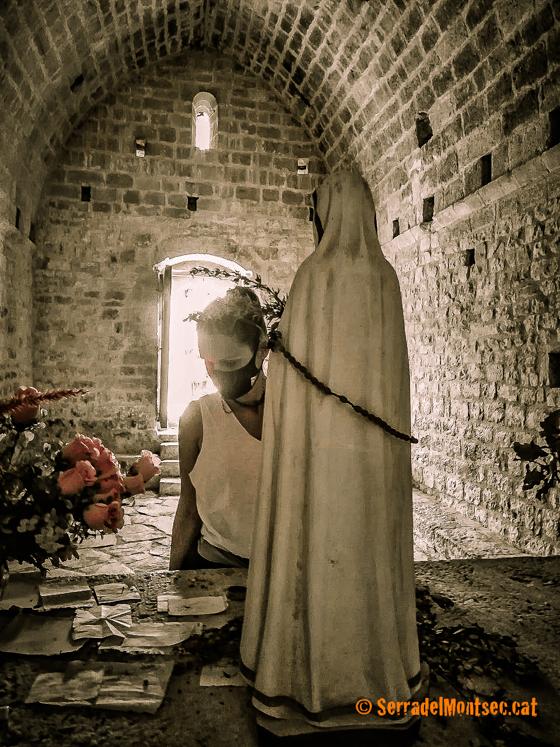 Interior de l'ermita de la Mare de Déu del Congost, Girbeta. Viacamp i Lliterà, Ribagorça. Osca, Aragó. Montsec de l'Estall.