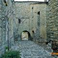 Un dels portals d'accés a Montanyana, Ribagorça. Osca, Aragó. Montsec de l'Estall.