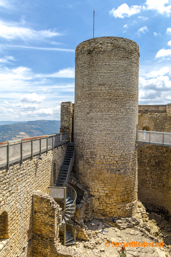 Torre de guaita del Castell de Mur. Guàrdia de Noguera. Pallars Jussà, Lleida. Catalunya. Montsec d'Ares.