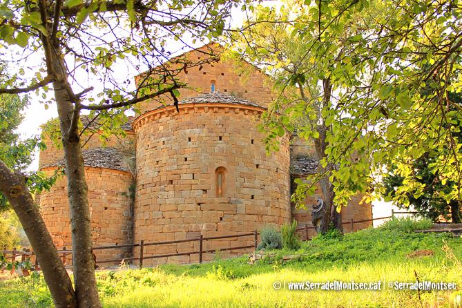 Absis de Santa Maria de Covet, Isona i Conca Dellà, Pallars Jussà. Lleida, Catalunya. Montsec de Rúbies (o de Meià).