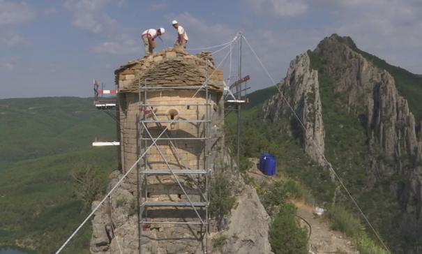 Vídeo de TV3 sobre les obres de restauració dutes durant l'any 2018 a l'ermita de La Pertusa, Corçà. La Noguera, Lleida. Catalunya, Montsec d'Ares.